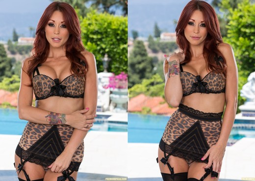 Monique Alexander Plays With Herself - Pornstars Picture Gallery