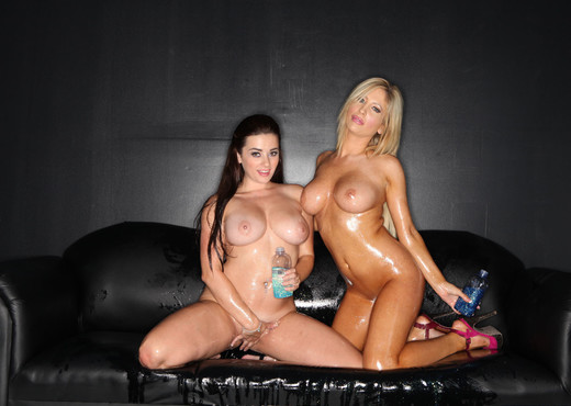 Tasha Reign and Taylor Vixen - Tunnel Vision - Pornstars Hot Gallery