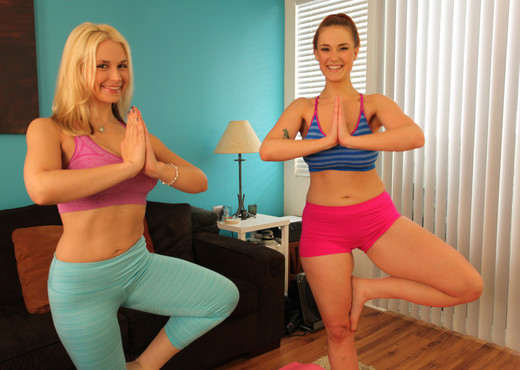 Sarah Vandella and Siri - Giggle, Sweat and Lick - Pornstars Sexy Photo Gallery