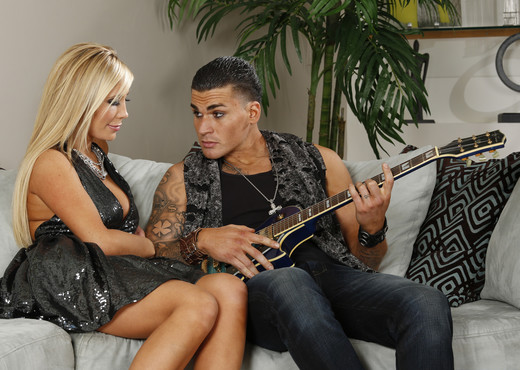 Tasha Reign Plays With a Guitar - Hardcore Sexy Gallery