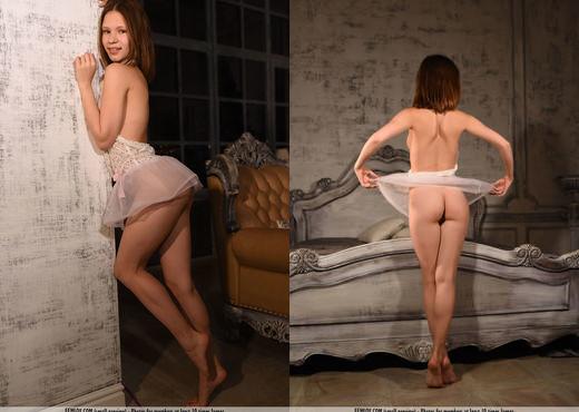 Spank Me - Loli F. - Femjoy - Solo Nude Gallery