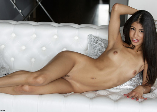 Veronica - Sizzling Hot - X-Art - Solo HD Gallery