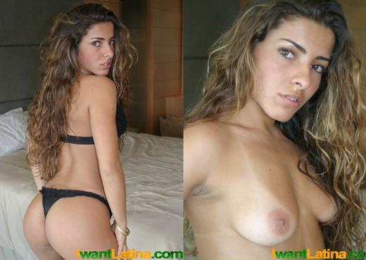 Tamara on the bed - Anal TGP