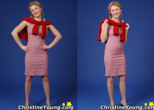 Christine Young - Solo HD Gallery