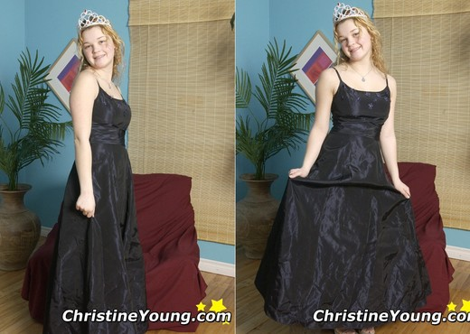 Christine Young - Teen Porn Gallery
