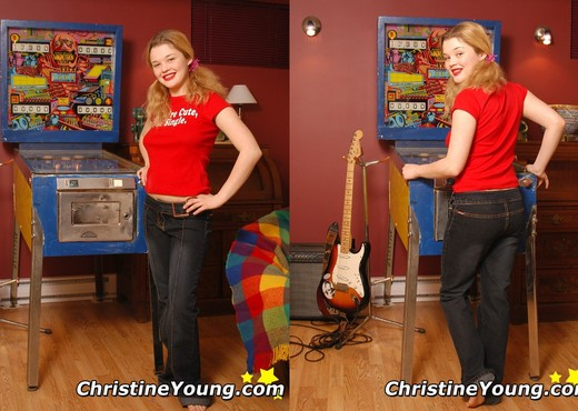 Christine Young - Toys Nude Pics