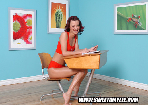 Sweet Amylee - Toys Hot Gallery
