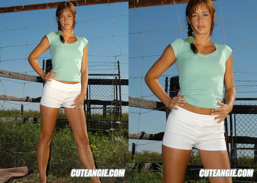 Angie - Teen Picture Gallery