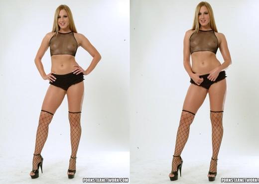 Lauren Phoenix - Anal Nude Pics
