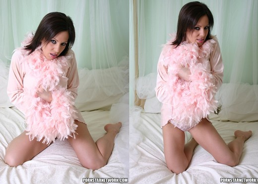 Squirt Babe Kream - Toys Image Gallery
