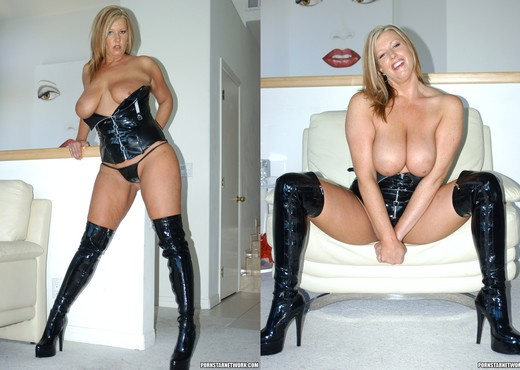 Big Tit Blonde Zoey Andrews - Interracial Nude Pics