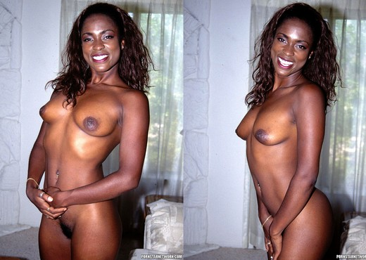 Midori - Beautiful Thin Ebony Lady Gets Frisky - Ebony Picture Gallery