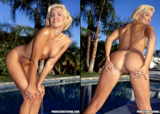 Dru Berrymore - Outdoor Sex All Day and Night - Hardcore Nude Gallery