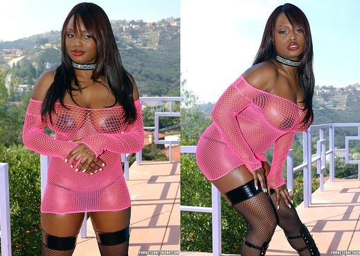 Jada Fire Wants Lex's Big Dick in the Pink - Ebony Nude Gallery
