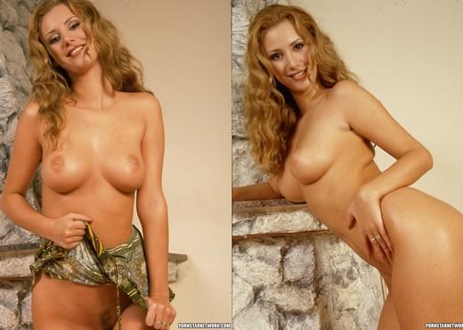 Bridget Gets Seduced Into Sex - Anal Sexy Gallery