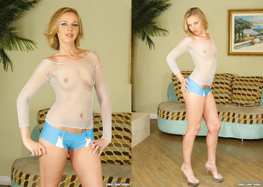 Bree Barrett - 2 on 1 for the New Chick - Hardcore Nude Pics