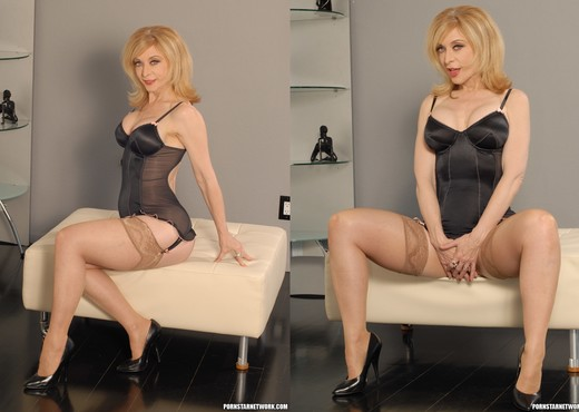 Nina Hartley Came to Fuck - MILF Picture Gallery