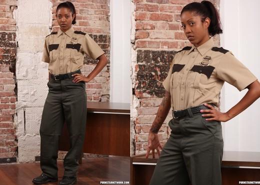 Lotus Lain Thinks Discipline is In Order - Ebony Hot Gallery