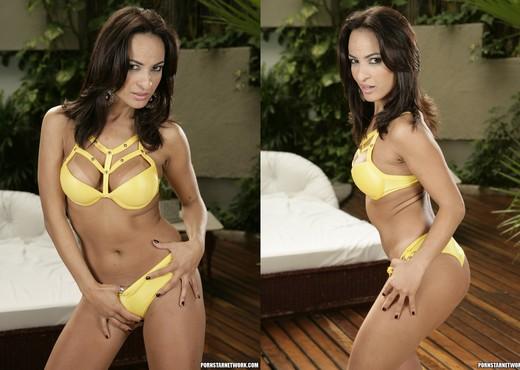 Belinha Baracho and Renae Cruz Tease the Camera Crew - Latina Nude Gallery