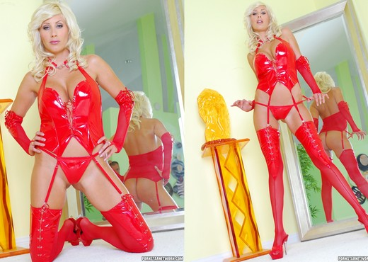 Puma Swede Goes Way Past Sexy - Hardcore Sexy Gallery