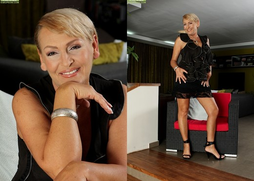 Andrea - Karup's Older Women - MILF HD Gallery