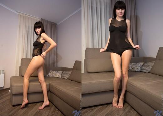Becky Stone - Nubiles - Teen Nude Pics