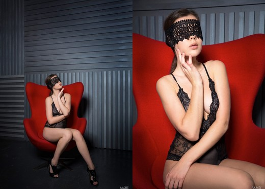 Lace Mask - Dakota - Watch4Beauty - Solo Hot Gallery