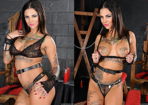 Bonnie Rotten and Kleio Valentien - Down Here If You Dare - Lesbian Hot Gallery