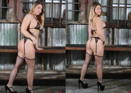 Jenna Ashley and Missy Martinez - You Taste Good - Lesbian Sexy Photo Gallery