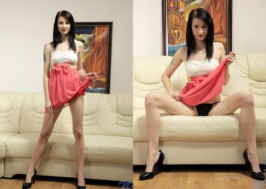 Marria - Nubiles - Teen Solo - Teen Sexy Gallery