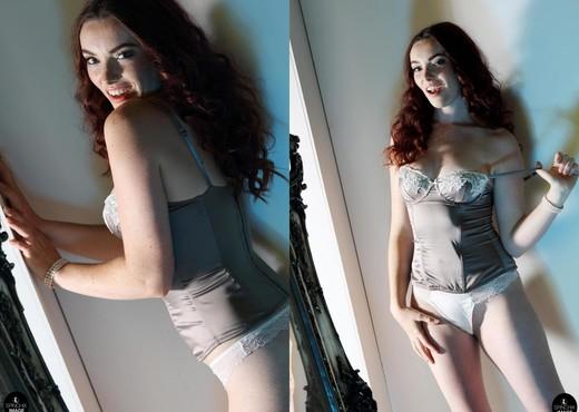 Harry Amelia Summertime Strip - Spinchix - Solo Sexy Photo Gallery