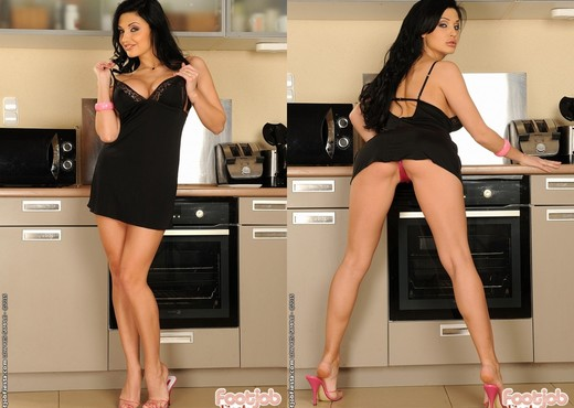Aletta Ocean - Kitchen accident - Foot Job Fiesta - Anal Sexy Gallery
