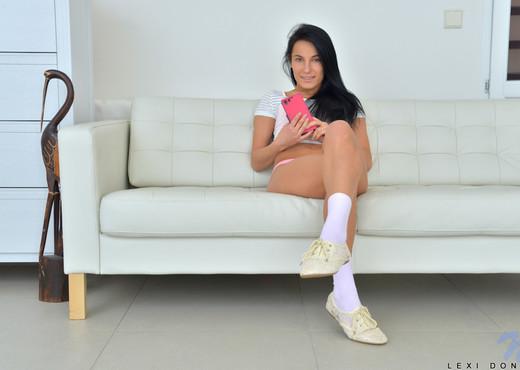 Lexi Dona - Nubiles - Teen Solo - Teen Hot Gallery