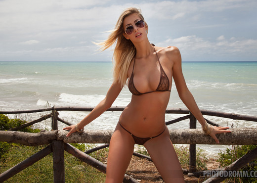 Claudia - Natura Selvaggia! - PhotoDromm - Solo HD Gallery