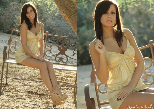 Destiny Moody in the park - Solo Image Gallery