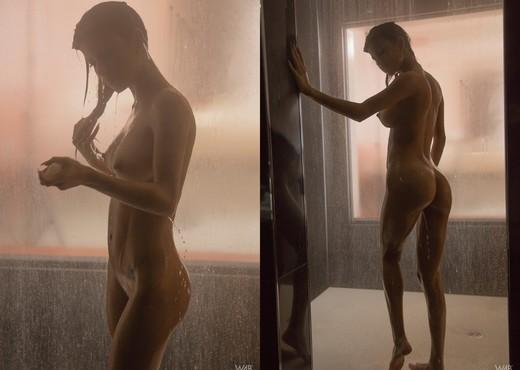 Afterglow - Denisse Gomez - Solo Nude Pics