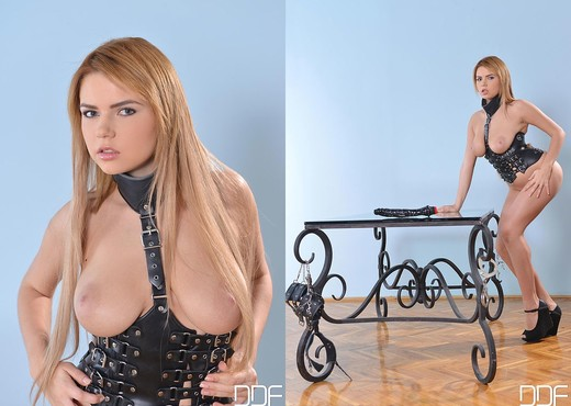 Marina Visconti - House of Taboo - Toys Porn Gallery