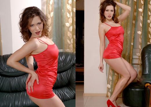 Presenting Malvina - Zemani - Solo Nude Pics