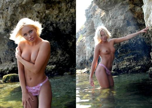 Canyon - Jessika - Zemani - Solo Sexy Photo Gallery