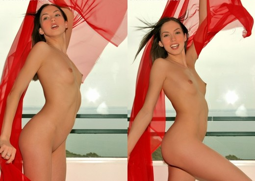 Guinevere - Red - Solo HD Gallery