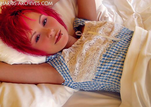 Elaina - Blue Top Bed - Solo Nude Pics
