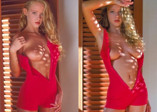 Kelly - - Teen Nude Pics