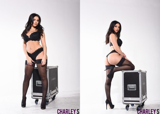 Charlotte seduces us on the music equipment - Solo Sexy Gallery