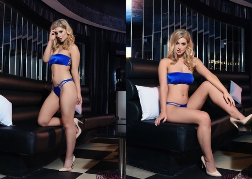 Jess Davies teases in her blue lingerie - Solo Porn Gallery