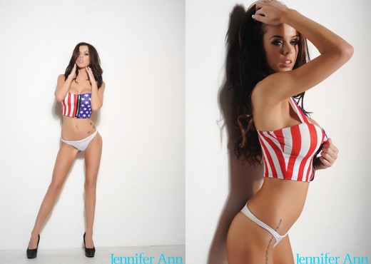 Jennifer teasing in her stars and stripes - Solo TGP