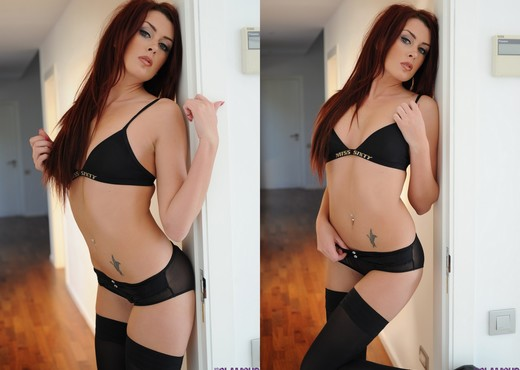 Jodie Leigh teasing in her sexy black lingerie - Solo Picture Gallery