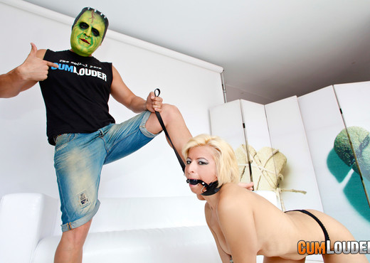 Salomé - Extreme sodomy - Anal Image Gallery