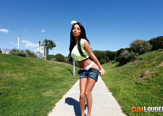 Anissa Kate - Milk in my butt - Anal Image Gallery