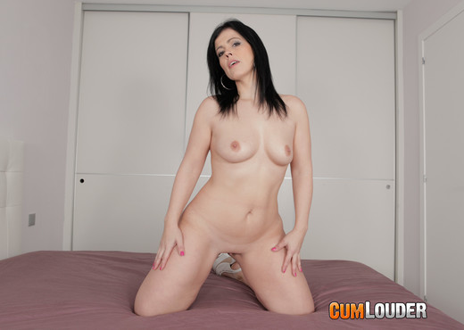 Montse Swinger - We're gonna get her to burst - Hardcore Picture Gallery