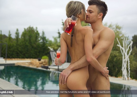 Cocktails For Three - Gina G., Jayden & Kristof - Hardcore Picture Gallery